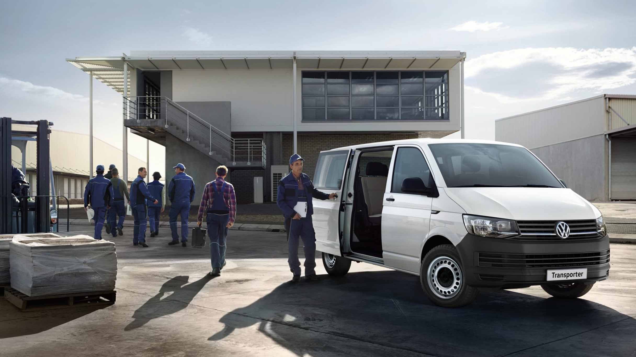 Volkswagen Transporter Crew Bus specs and prices