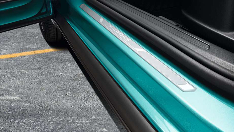 VW T-Cross Door strip at Barons